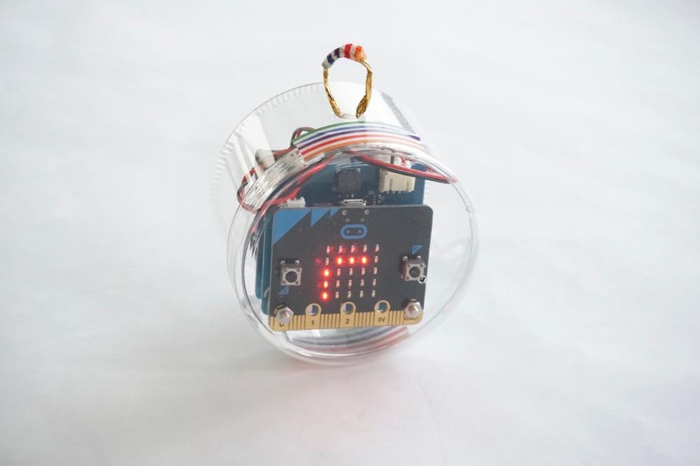 micro:bitで作ったクリスマスの飾り